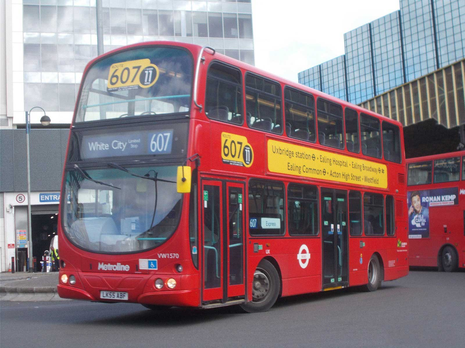 London Buses route 8 - Wikipedia |London Transit Buses